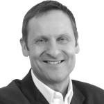 Heilpraktiker für Psychotherapie, EMDR-Coach und Trainer sowie Entwickler der EMDR-Brille REMSTIM 3000 und der Selbstcoaching-Methode